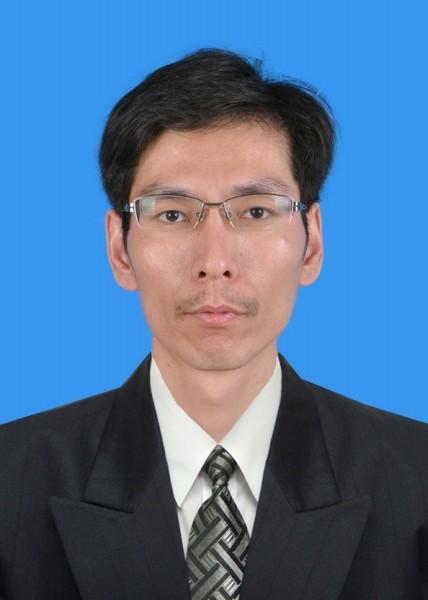 常务副总经理 王小勇